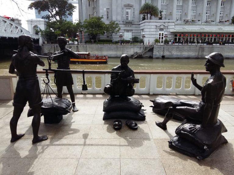 Колониальная скульптура в Сингапуре